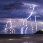 how to photograph lightning tips